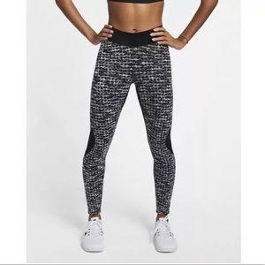 NWT Nike women's workout tights leggings pants L